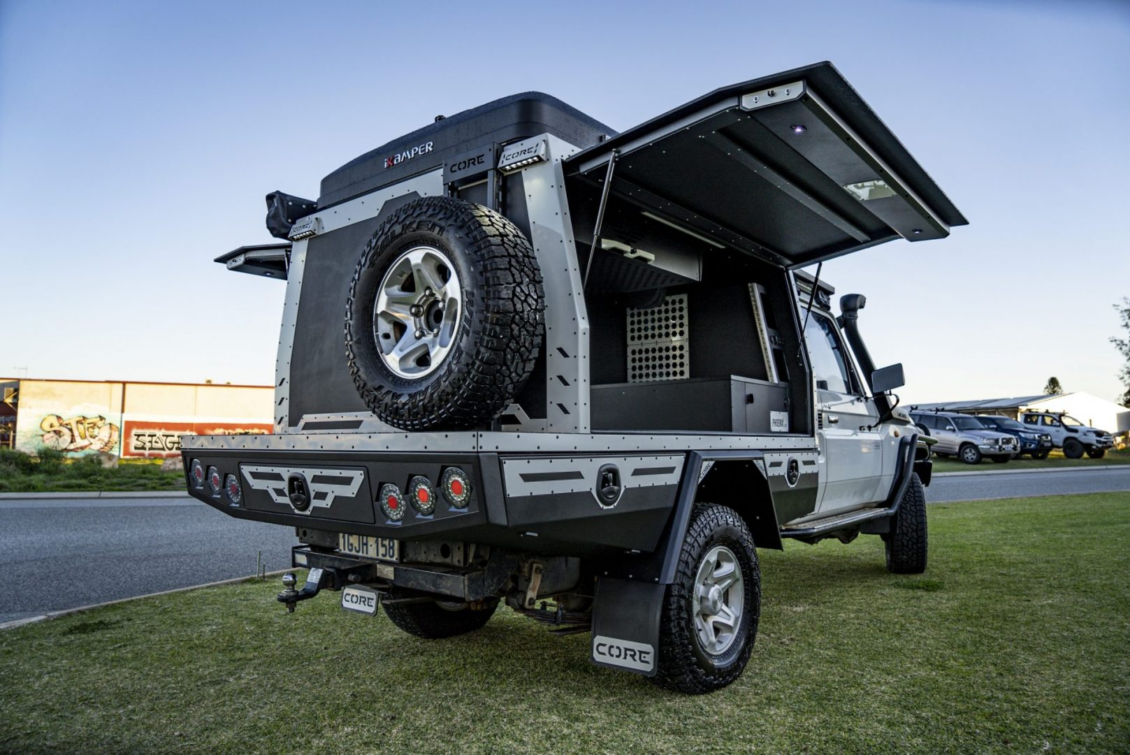 You are currently viewing Single Cab 79 Series Custom Canopy